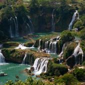 领略全球15个最壮观的瀑布圣地